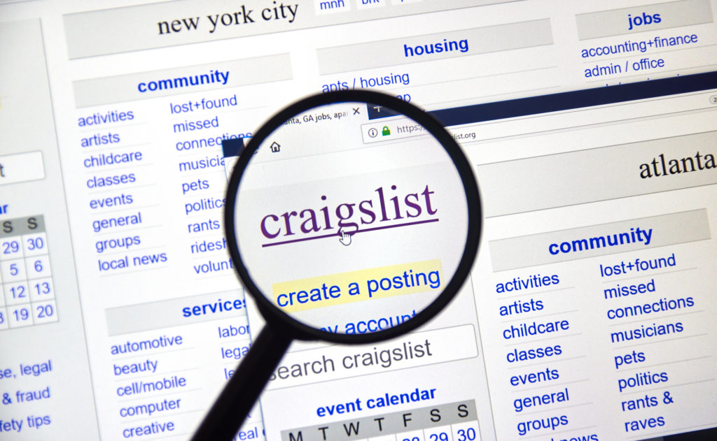 A magnified image of the Craigslist search page
